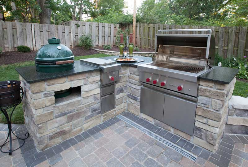 Outdoor Kitchens  & Patios