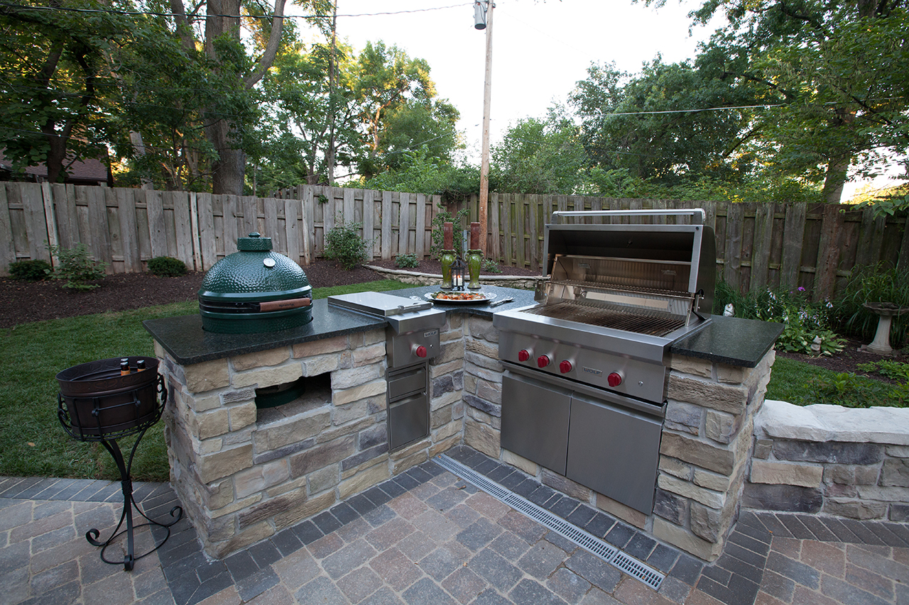 Outdoor Kitchens Add Style Value